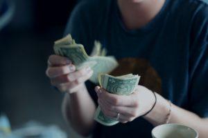 odprawa pieniężna
